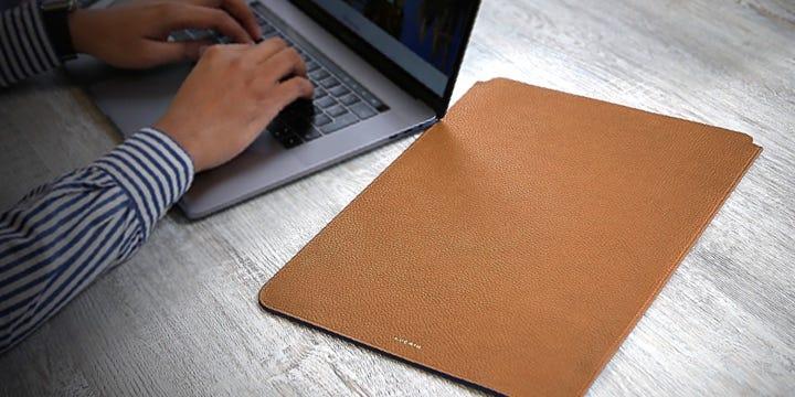 """Housse MacBook Pro 16"""" - Cognac - Cuir Grainé"""