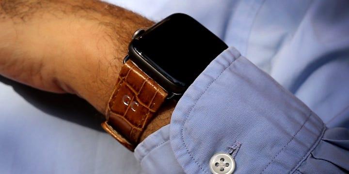 Bracelet Luxe Apple Watch Series 6 / SE - (44 mm) - Camel - Veau Façon Crocodile